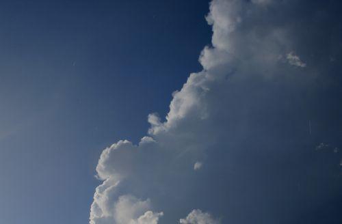 cloud cumulus large
