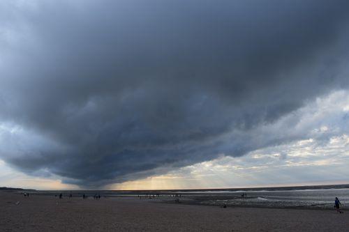 cloud dramatic dark