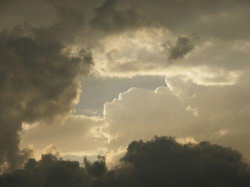 cloud sky pistol