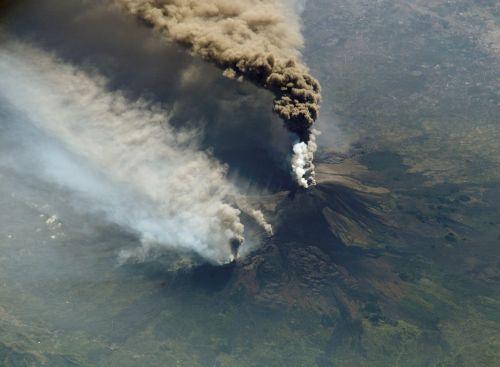 cloud of smoke etna volcanic eruption