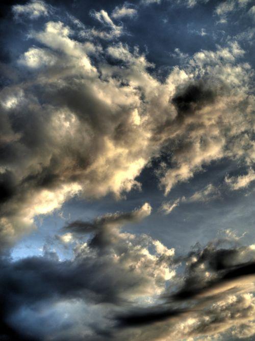 clouds hdr drama