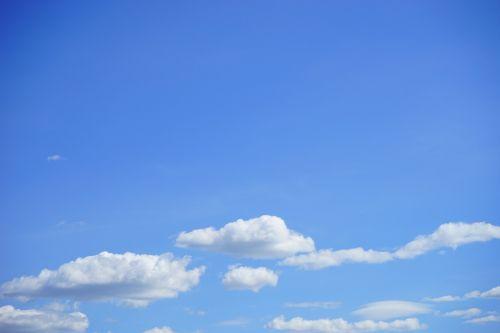 debesys,dangus,vasaros diena,mėlynas,balta,debesys formos,saulėta diena,saulėtas,saulė,saulės spindulys,nuostabi diena,vasara,kubo debesys,cumulus humilis,cumulus mediocris,cumulus,cumulus cloud,oras,klimatas,klimato atšilimas,virš debesų,dangaus mėlynumo,azur
