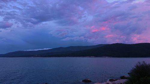clouds sea mood