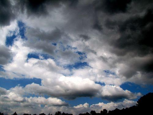 clouds hurricane isaac sky