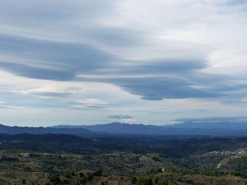 clouds cumulonimbus mountains