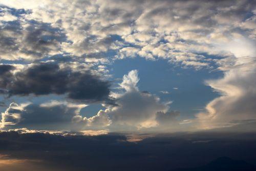 debesys & nbsp, dangus, debesys, dangus, debesys & nbsp, aukščiau & nbsp, dangus, Debesuota, lygūs & nbsp, debesys, mėlynas & nbsp, dangus, sunkūs & nbsp, debesys, baltieji & nbsp, debesys, diskeliai & nbsp, debesys, balta, debesų fonas