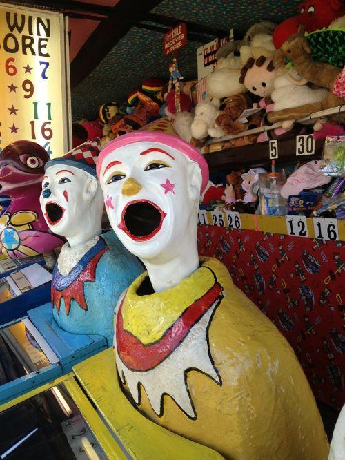 clown face game