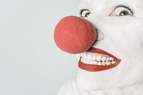 clown comedian nose