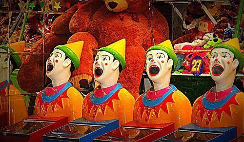 clowns show entertainment