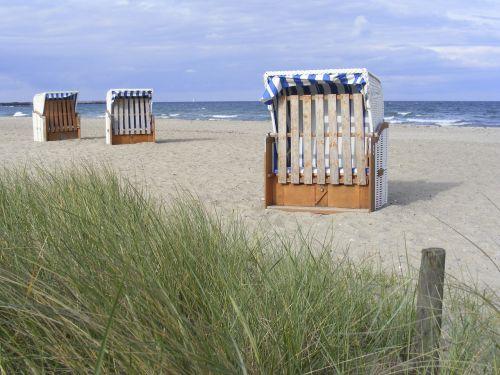 clubs beach coast
