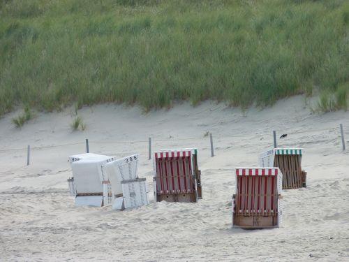 clubs sand beach beach