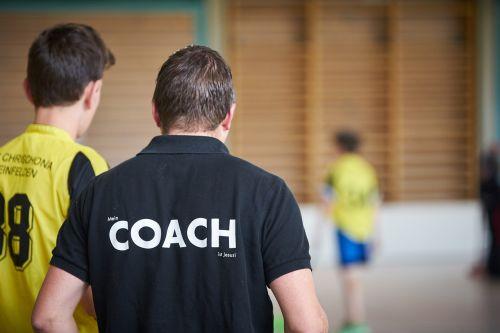 coach floorball mentor
