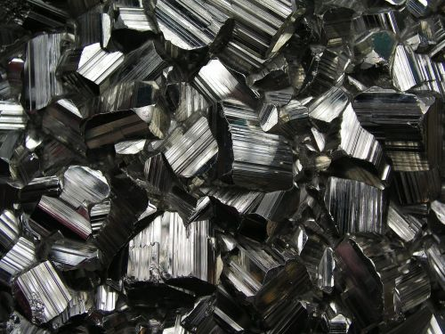 coal gemstone crystals