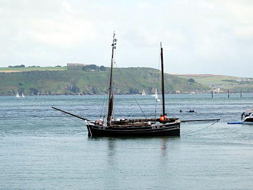 coastal scene boating boats