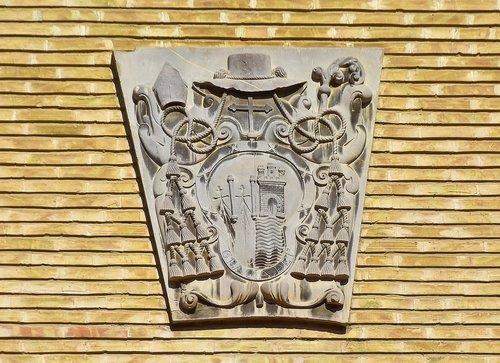 coat of arms  heraldry  saragossa