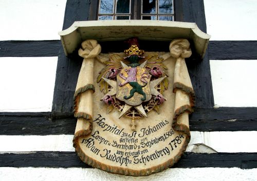 coat of arms home tradition