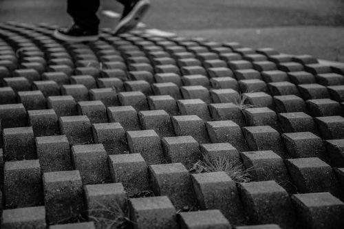 cobblestone shoes walking