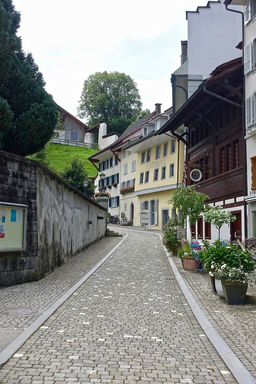 cobblestones  street  surface