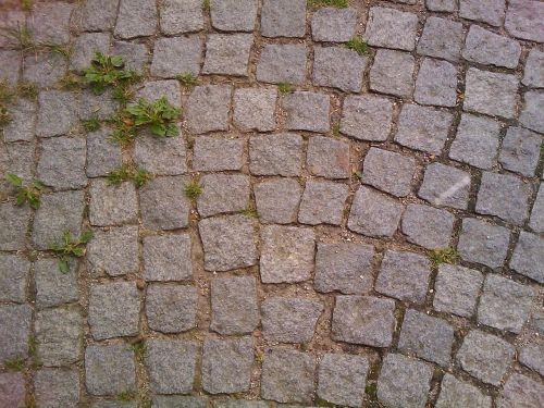 cobblestones away road