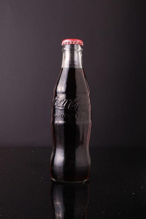 coca cola soda bottle