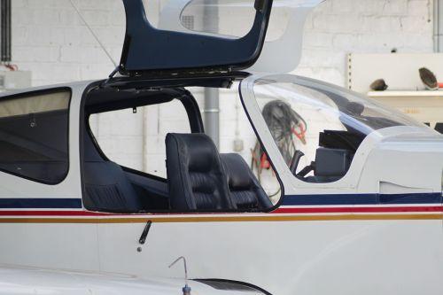cockpit aircraft propeller plane