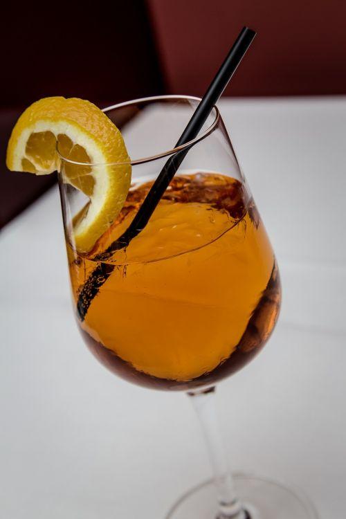 cocktail aperol sprizz