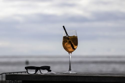 cocktail sea glasses