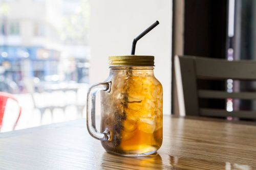 cocktail drink restaurant