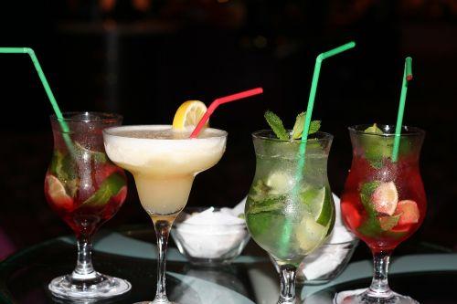 cocktail glass straw
