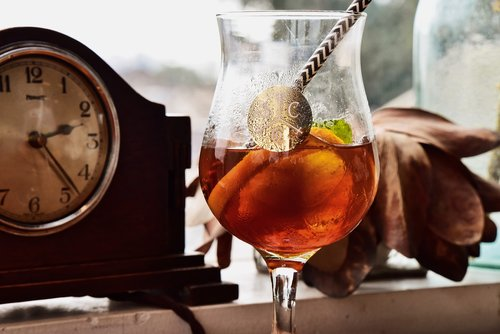 cocktail  bar  sentiment