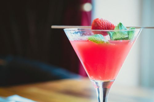 cocktail drink strawberry