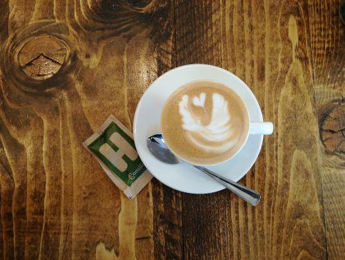 kava,maistas,cappuccino,žalioji kava,skrudinta kava,ruda,mediena,stalas,pienas,gerti,pusryčiai,Instagram