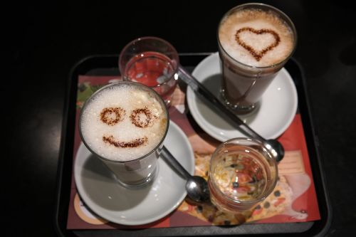 coffee café au lait face