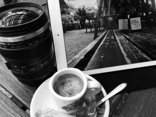kava,funchal,mediena