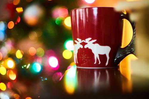 kava,taurė,raudona,Naujieji metai,gėrimas,espresso,maisto nuotrauka,šviesa,cappuccino,kofeinas,nuotrauka,apdaila,kavinė,kavos puodelis,makro,produkto nuotrauka,Fotografas,fotografija,fonas