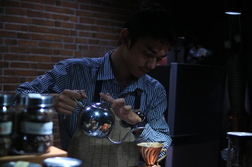 coffee  barista  brewing
