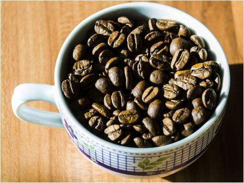 kava,kavos pupelės,kofeinas,puodelis