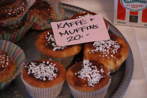 coffee break muffins price tag