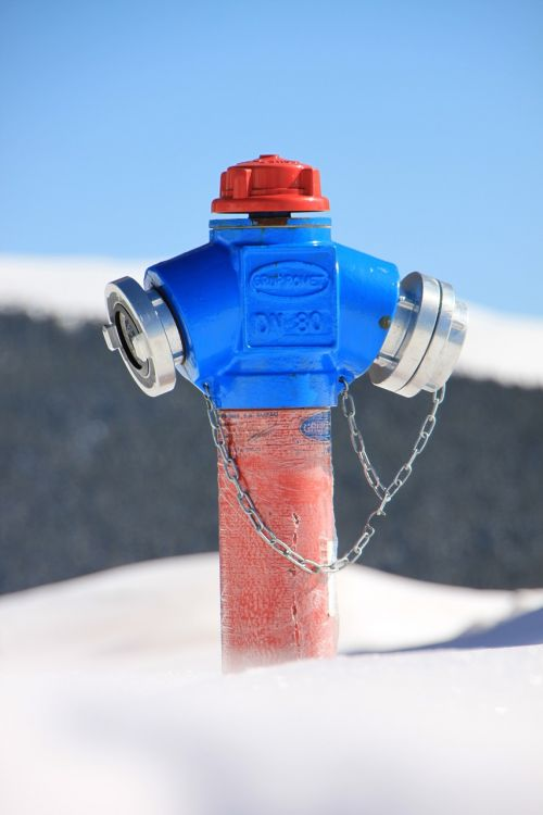 cold fire hydrant