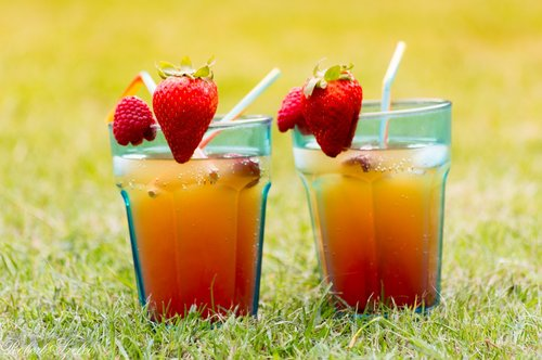 cold drinks  strawberry  drinks