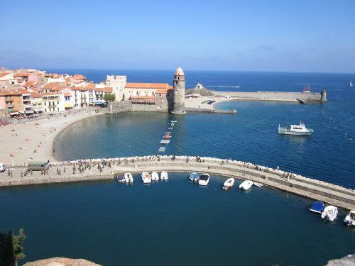collioure mediterranean harbour