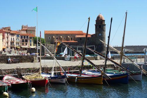 collioure boats sea