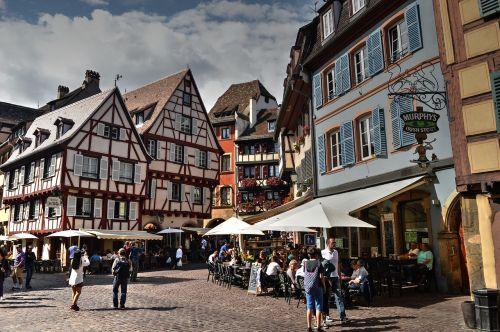 colmar timber-framed square