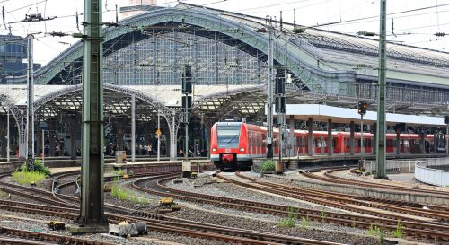 cologne train central station