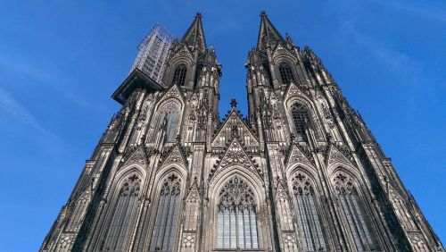 cologne dom building