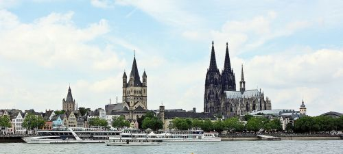 cologne cathedral great st martin church old town