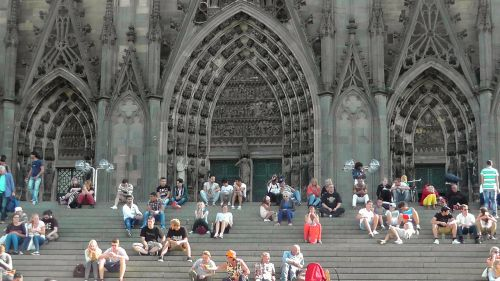 cologne cathedral stairs dom