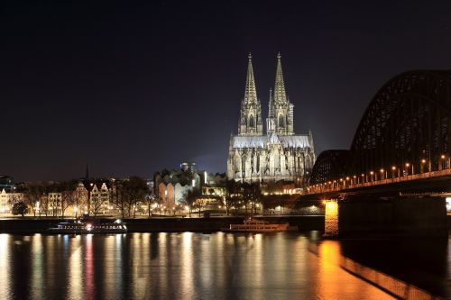 cologne cathedral dom landmark