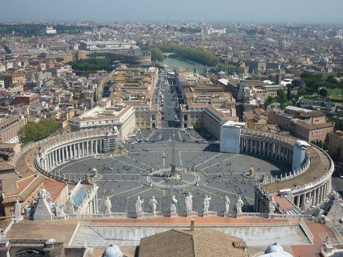 colonnade san pietro vatican