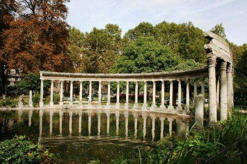 colonnade columns lake
